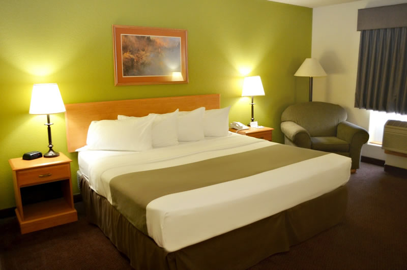 Fossil Creek Hotel & Suites| King Room